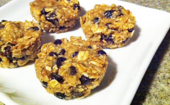 Raw Oatmeal Choco Raisin